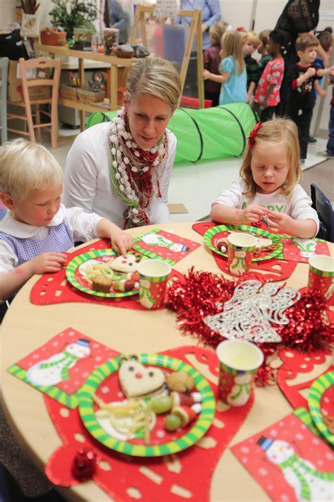 helping buddy  elf save christmas  preschool