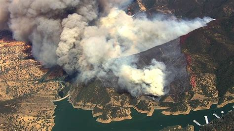 wildfire  napa valley burns  acres  weather