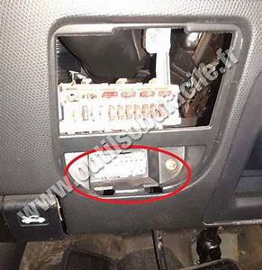 Nissan Micra K11 Fuse Box Location