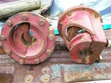 farm tractors  sale dual wheel  bolt hubs pair