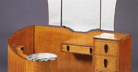 Art Deco Birdseye Maple And Walnut Dressing Table (c.1935