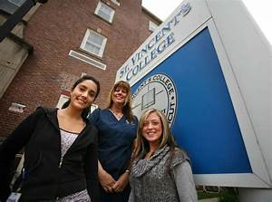 Students facing tough competition for campus jobs ...