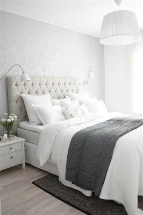 les belles chambres a coucher les 25 meilleures idées de la catégorie lit cuir sur