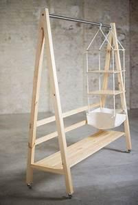 Kleiderstange Für Schrank : 1000 ideen zu kleiderschrank massivholz auf pinterest kleiderleiter schlafzimmer massivholz ~ Whattoseeinmadrid.com Haus und Dekorationen