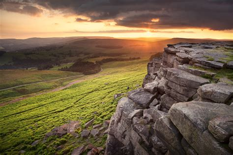 evening photography  stanage edge  sunset  clouds