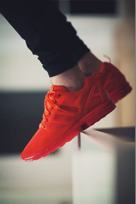 Best 25+ Red sneakers ideas on Pinterest | Nike red sneakers Red nike running shoes and Red ...