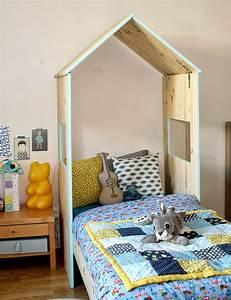 Lit Maison Bois : customiser lit enfant maison bois picslovin ~ Premium-room.com Idées de Décoration