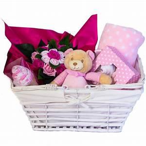 Quoi Offrir Pour Une Naissance : coffret cadeaux de naissance original et util parfait pour b b ~ Melissatoandfro.com Idées de Décoration