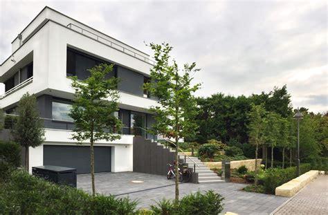 Moderne Häuser Mit Tiefgarage by Modernes Einfamilienhaus Rhein Neubau In 2019