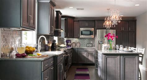 grey maple kitchen cabinets remodeling a kitchen success stories masterbrand 4083