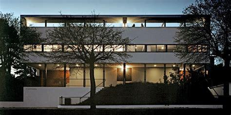 acces bureau la cité de la weissenhof et la maison le corbusier