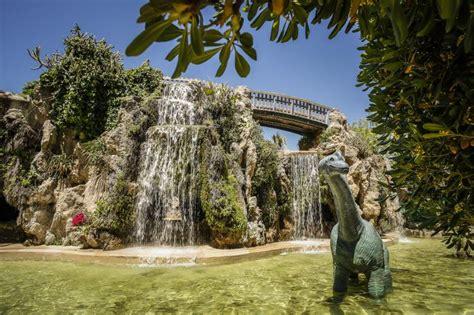 turismo ayuntamiento de cadiz parque genoves jardin