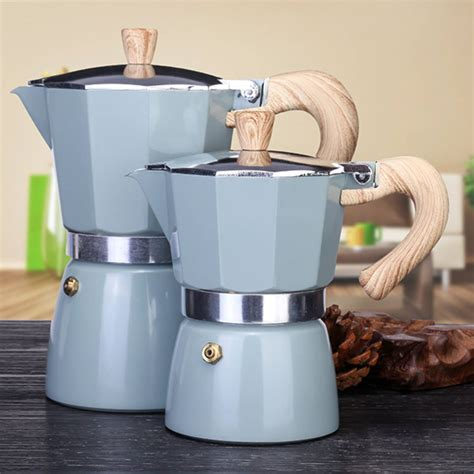 The original bialetti moka express stovetop coffee when cleaning an aluminum stovetop espresso maker, it can just be washed in warm water, the use of stronger detergents may taint the. 150/300ML Aluminum Italian Stovetop Espresso Coffee Maker,Drip Coffee Percolator Kettle, Stove ...