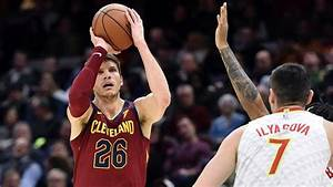 NBA's Kyle Korver takes leave after death of brother, 27 ...