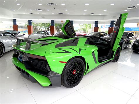 lamborghini aventador sv roadster pris verde mantis lamborghini aventador sv roadster is a thing of beauty