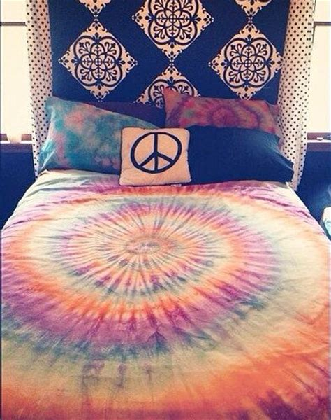 custom tie dye bed sheet sets and pillow cases where the