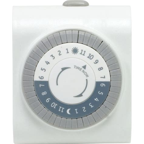 24 hr home depot ge 24 hour plug in big button timer 15076 the home depot