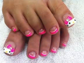 Hello kitty toe nails nail art amp paint design livingston and