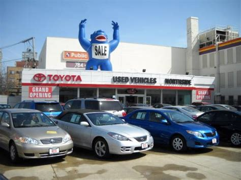 Toyota Dealership Chicago by Chicago Northside Toyota Chicago Il 60660 4415 Car