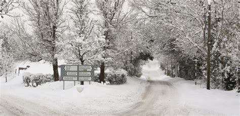 blizzard about to give ireland worst snow storm in 36