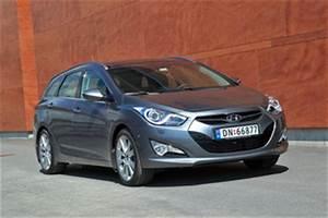 Hyundai I40 Pack Premium : fiche technique hyundai i40 sw 1 7 crdi136 pack premium limited bva l 39 ~ Medecine-chirurgie-esthetiques.com Avis de Voitures