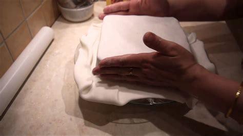 kuchen backen eckige torte mit fondant einschlagen leckere kuchen