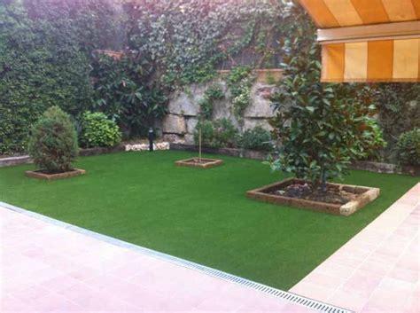 cesped artificial  jardin sobre nuestro jardines