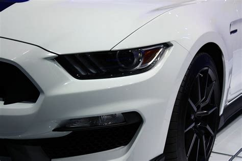 2016 Shelby Gt350 0 60 by 2016 2017 Ford Shelby Gt350 Mustang Review Top Speed