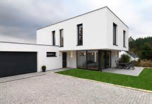 Modernes Haus Weiß by Ral Farbe Fenster