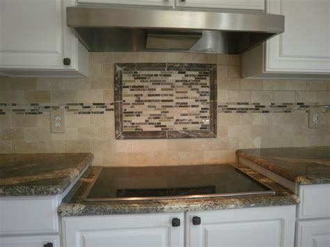bureau rangé kitchen backsplash ideas glass tile afreakatheart