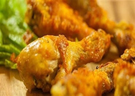 Sangat mudah bukan cara membuat ayam goreng bumbu kuningini. 10 Resep Ayam Goreng yang Dijamin Menggugah Selera