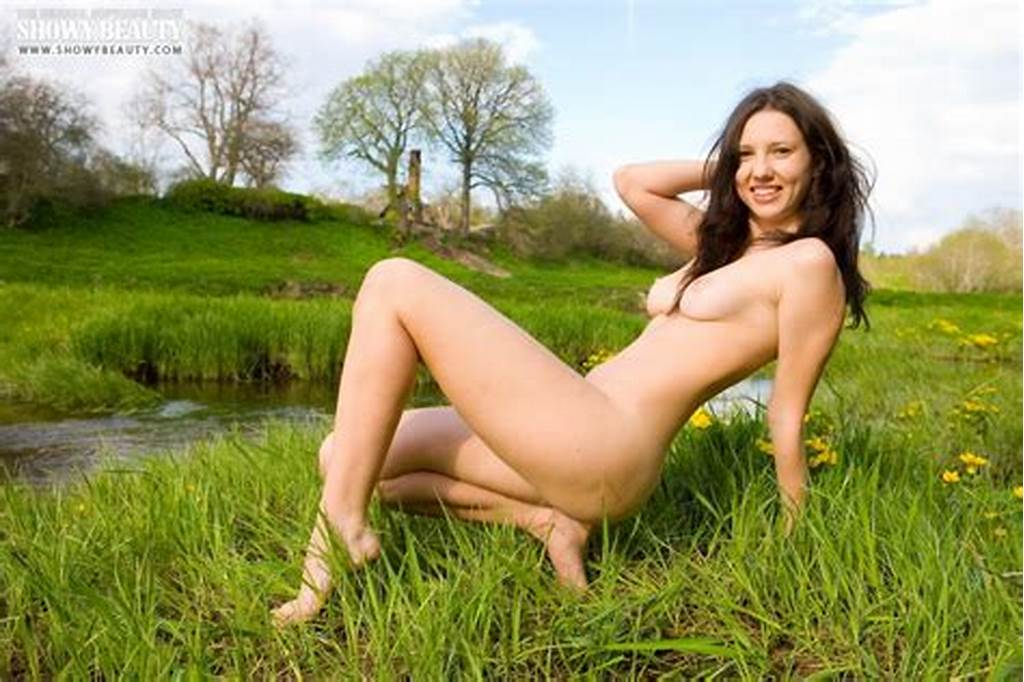 #Brunette #Is #A #Sexy #Smiling #Beauty #Posing #Out #In #The #Tall