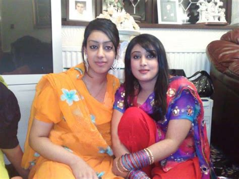 Mobile Phone Numbers Pakistani Girls Number Girls Pictures Bangladeshi Girls In Pakistan