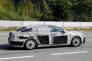 Opel Insignia 2017 : spyshots 2017 opel insignia test mule spotted on the road autoevolution ~ Medecine-chirurgie-esthetiques.com Avis de Voitures