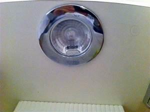 Ampoule Salle De Bain : ampoule salle de bain ~ Melissatoandfro.com Idées de Décoration