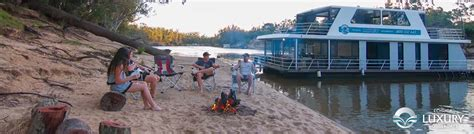 Echuca Houseboats by Disclaimer Luxury Houseboats