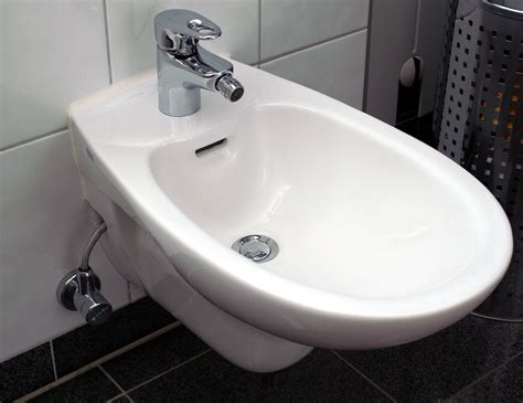 types of bidets bidet
