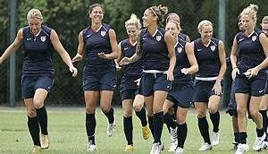 Virginia Online Soccer News: Sundhage selects Two ...