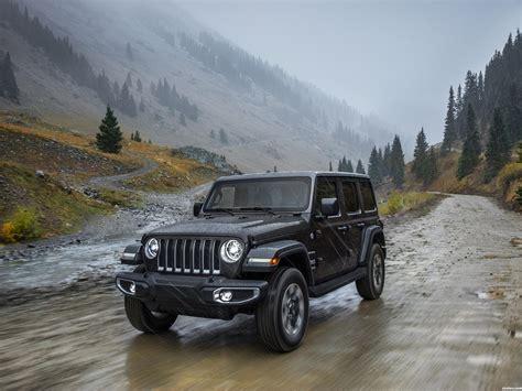 fotos de jeep wrangler unlimited sahara usa  foto