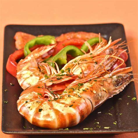 recette cuisine plancha recette gambas à la plancha aux poivrons et aux herbes