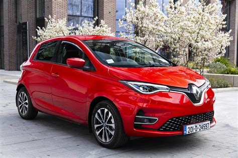 Yet Another Award For The New Renault ZOE Electric ...