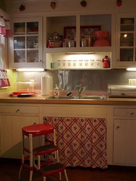 vintage kitchen design ideas small retro kitchen cabinet 6821