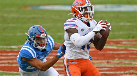 Gators move up to No. 3 in both college football rankings