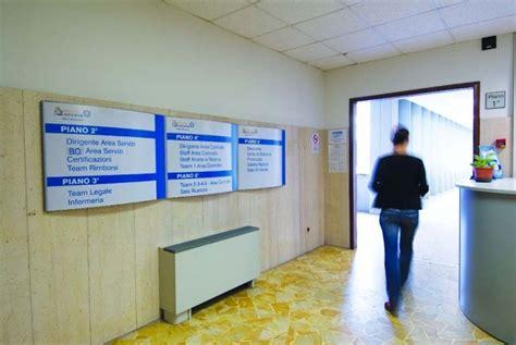 signaletique bureau signalétique intérieure extérieure ust 5 mobilier de