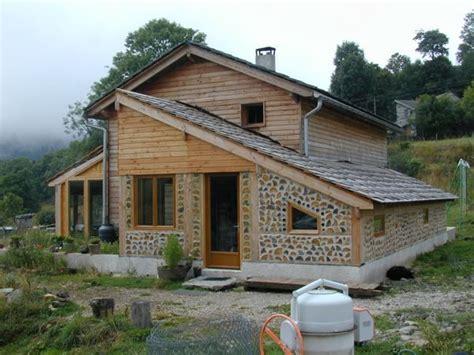 maison en bois corde maison bois cord 233 search constructions maison paille construction bois