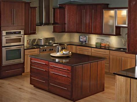 kitchen cabinet gallery pictures 10 best what s inside your nyc kitchen cabinets images on 5416