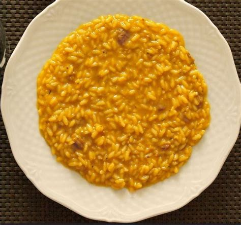 cuisiner un patisson blanc 1000 idées sur le thème recettes de riz jaune sur