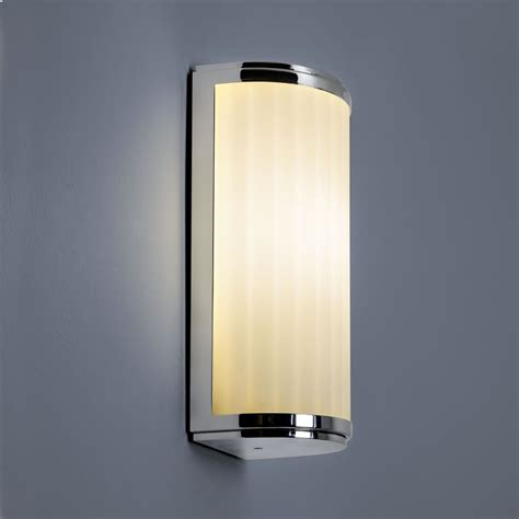 astro lighting 0952 monza classic 250 ip44 bathroom wall