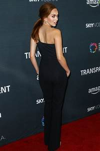 Elizabeth McLaughlin – TRANSPARENT Season 2 Red Carpet ...