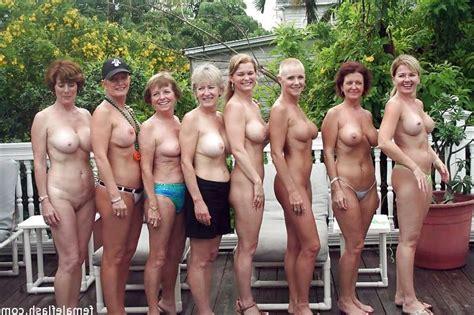 group mature nude des photos de nu